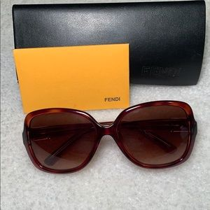 FENDI  Authentic Tortoise Shell Sunglasses w/case